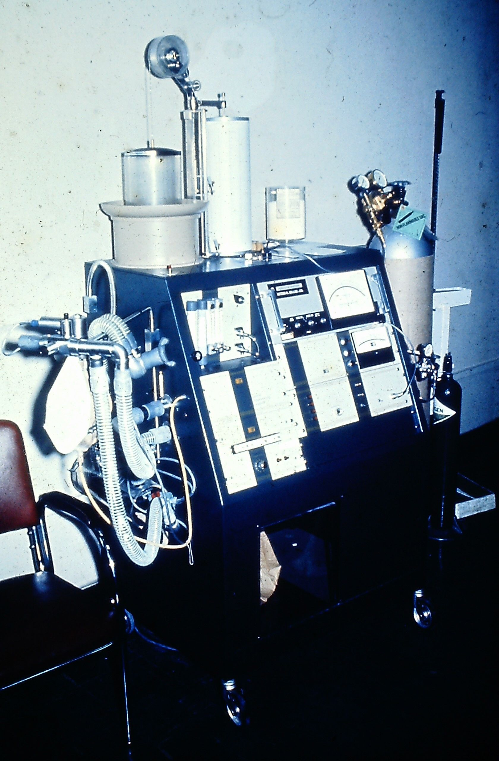Collins_Modular_Lung_Analyzer_1980